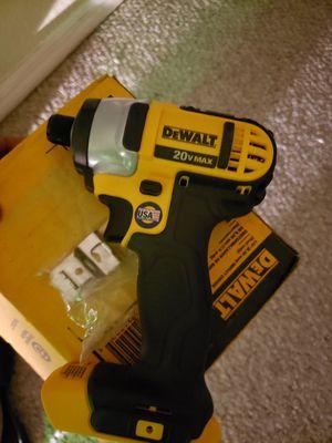 20 volt max impact Dewalt for Sale in Orlando, FL