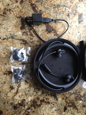 Bose QuietControl 30 Noise Canceling Headphones for Sale in Mission Viejo, CA