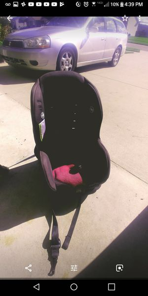 Two car seats for Sale in Allendale Charter Township, MI