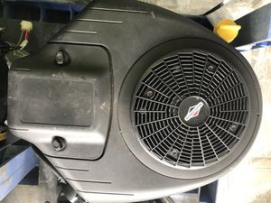 New 20hp briggs and stratton twin cylinder engine for Sale in Roselle, IL