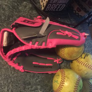 "Brand new Franklin baseball/softball 10.5"" glove, 4 softballs or baseballs, choice of baseball or softball bat and batting glove for one price for Sale in Plainfield, IL"