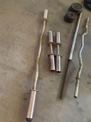 Olympic curl bar and dumbbell handles for Sale in Laveen Village, AZ