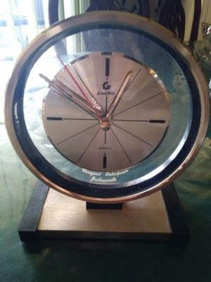Antique clock for Sale in Jacksonville, FL