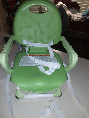 Chicco booster seat for Sale in Selma, TX