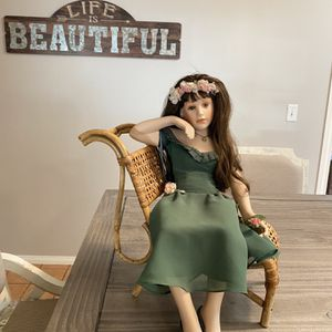 Porcelain Doll By Hamilton Collection Great Condition And Great For Collectors Or For A Gift . They Have Been In Glass Case Since 1980 . for Sale in Chula Vista, CA