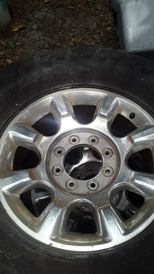 I have a set of 20r for Sale in Pinellas Park, FL