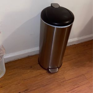 Stainless Trash Can for Sale in The Bronx, NY