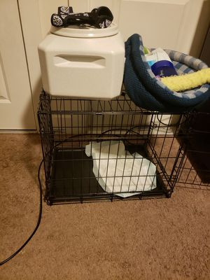 Medium Dog Crate for Sale in Orlando, FL