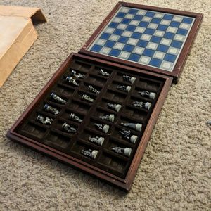 Incomplete Franklin Mint Civil War Chess Set for Sale in Union City, CA