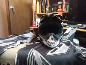 FLY HELMET JERSEY AND PANTS for Sale in Las Vegas, NV