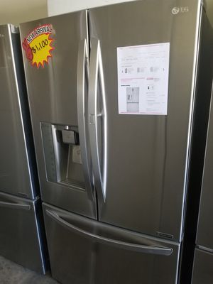 LG FRENCH DOOR AND DOOR STAINLESS STEEL for Sale in Santa Ana, CA