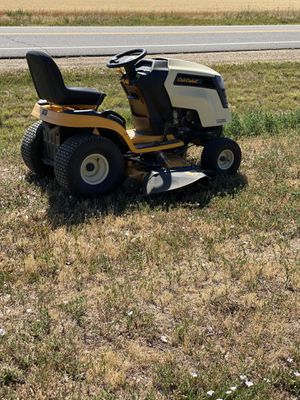 "50"" Cub Cadet Riding Mower for Sale in Dacono, CO"
