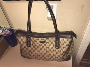 Gucci hand bag for Sale in Goodyear, AZ