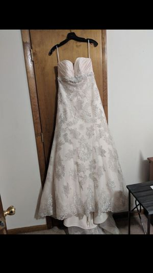 Size 10 ivory wedding dress with silver details for Sale in Lexington, NC