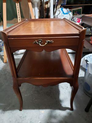Livingroom vintage end tables for Sale in Zephyrhills, FL