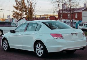 '07 Honda Accord 4 cylinder, automatic for Sale in Morgantown, WV