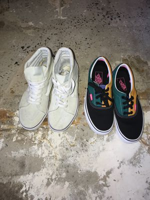 Vans fairly new only worn a couple of times for Sale in Atlanta, GA