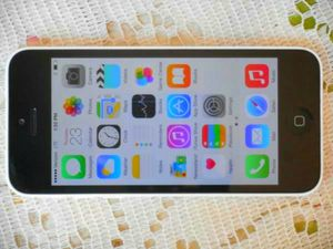 $250 - New Without Box Apple iPhone 5c 16GB White Verizon/T-Mobile/Cricket/MetroPCS/AT&T Straight Talk Phone Clear ESN for Sale in Glendale, AZ