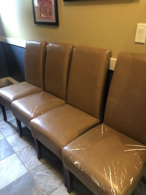 Free used dining chairs - 5 for Sale in Bellevue, WA