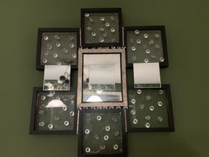 Handmade mirror lighted wall decor with wireless remote for Sale in Miami, FL
