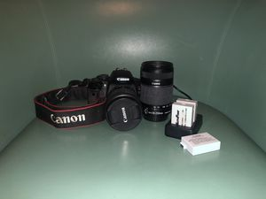 Canon Rebel t4i for Sale in St. Louis, MO