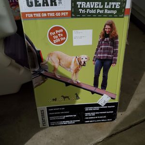 Pet Gear Trifold Pet Ramp for Sale in Vancouver, WA