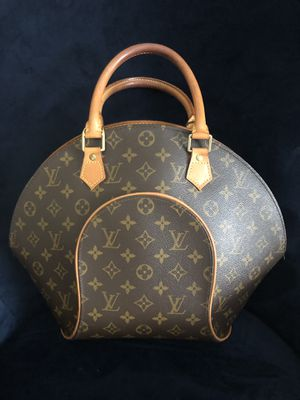 Authentic Louis Vuitton purse for Sale in Commerce City, CO
