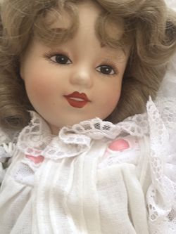 Vintage New First Bride Doll. for Sale in Scappoose,  OR