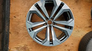 Audi Q8 wheel 22in part # 4m8601025k for Sale in Port Orchard, WA