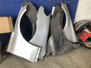 Used Auto Parts > Fenders, Headlights, Body Panels, Doors for Sale in Los Angeles, CA
