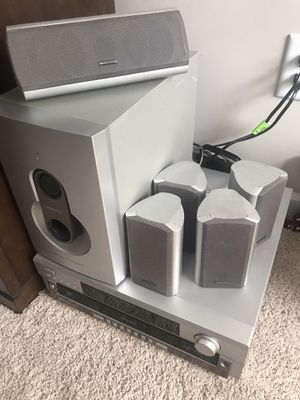 Magnavox 5 DVD Changer AM/FM for Sale in Hiram, GA