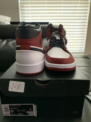 "Jordan Mid 1 ""Chicago white heel"" for Sale in Fort Worth, TX"
