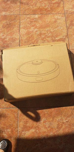 Floor vacuum brand new for Sale in El Monte, CA