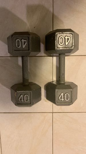 40 Pound Dumbbell Set for Sale in The Bronx, NY