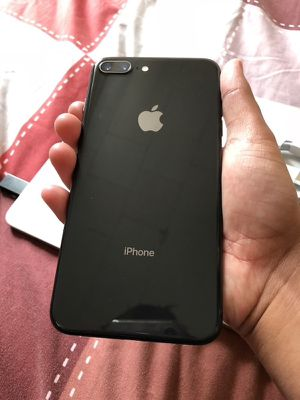 iPhone 8 Plus for Sale in Germantown, MD