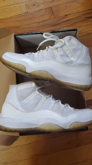 Air Jordan XI Retro size 9.5 for Sale in New York, NY