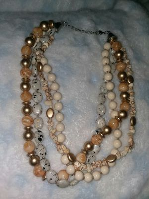Necklace of pearls NEW open but not used for Sale in Columbus, OH