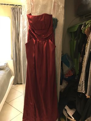 Red evening dress size 6 David's bride for Sale in Hialeah, FL