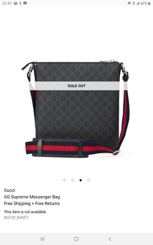 Gucci messenger bag for men for Sale in Riverside, CA