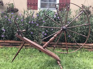 Spinning wheel for Sale in Spring Hill, FL