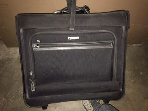 Kenneth Cole reaction folding garment travel bag for Sale in Los Angeles, CA
