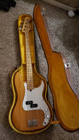 Univox Bass Guitar for Sale in Las Vegas, NV