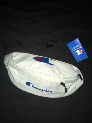 Champion funny pack for Sale in Los Angeles, CA