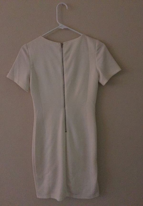 Small white dress worn once