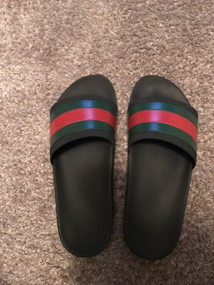 Gucci slides size 9 for Sale in Tampa, FL