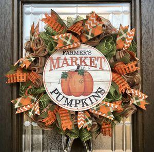 Fall Pumpkin Door Wreath Decor for Sale in Deer Park, TX