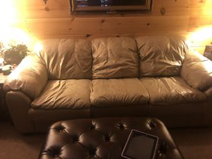 Italian leather Couch and loveseat good condition cost $2000.15 years ago will take 500 for Sale in Mt. Juliet, TN