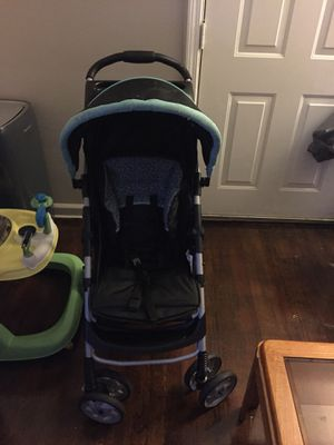 Stroller and car seat with base set for Sale in Detroit, MI