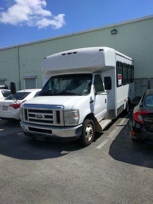 Shuttle Bus for RV conversion Ford E-450 for Sale in Dania Beach, FL