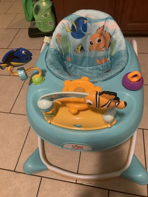 Baby walker/andador for Sale in Arlington, TX